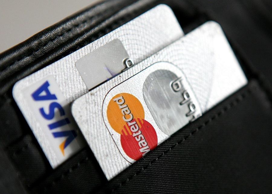 Oversikt over kredittkort som gir deg rabatt på reisen